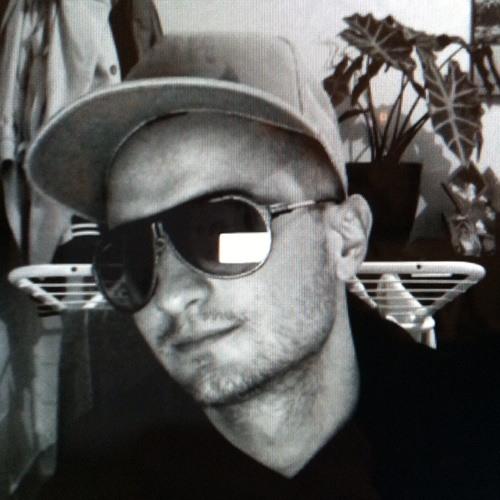 Mika28400's avatar