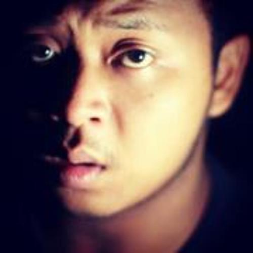 Esa Kurniawan's avatar