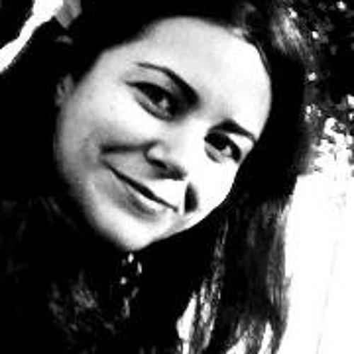 Nicole Santini's avatar