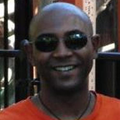 Tovy Carvalho's avatar