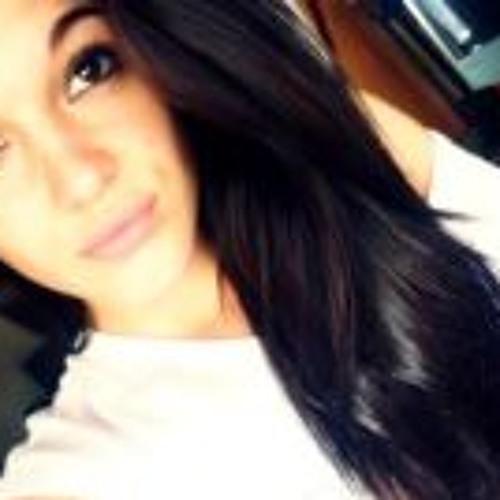 Jennifer Marques Macedo's avatar