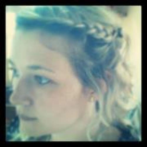Julia Saal's avatar