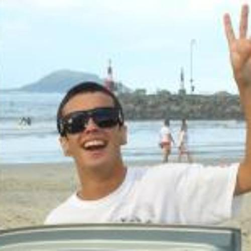 Bruno Victorino's avatar