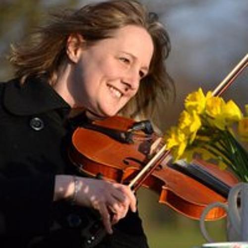 Becky Dellow's avatar