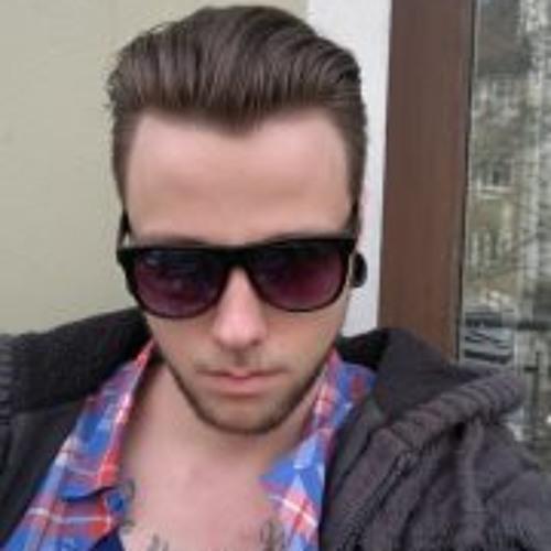 Tim Hy's avatar