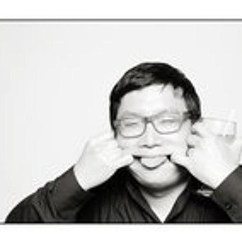 James Pak's avatar
