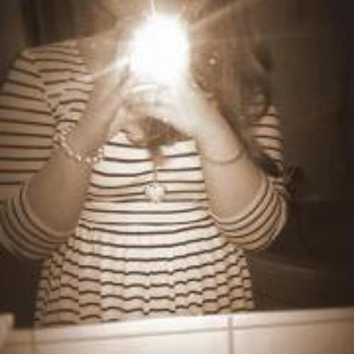 Lena Kirchner's avatar