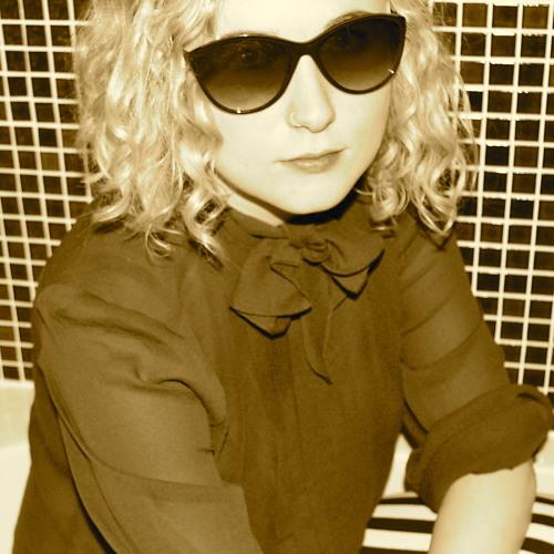 Becky Whitlock's avatar