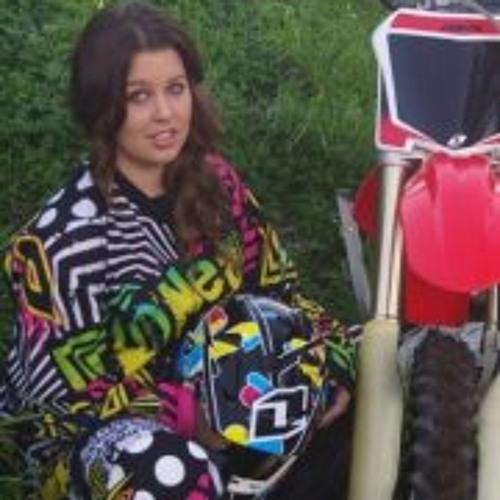 Chloe Ann Bush's avatar