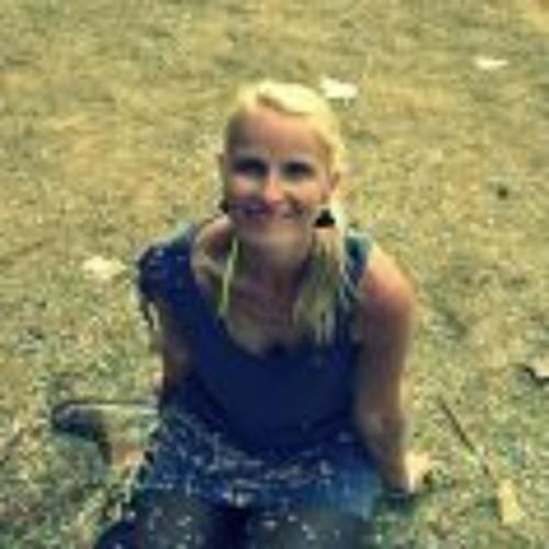 Sandra Dombrowe's avatar