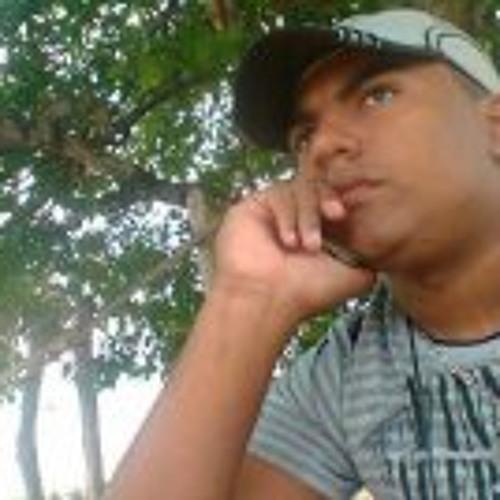 Carlos Guilherme 5's avatar