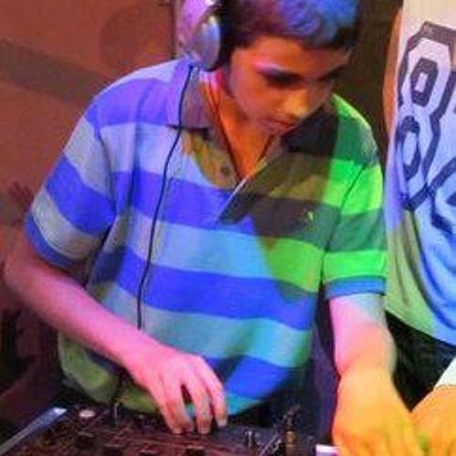 Amit Oknin 12's avatar