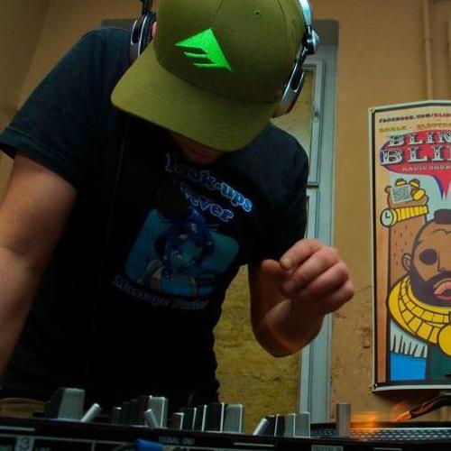 DJ a_DOLPH's avatar