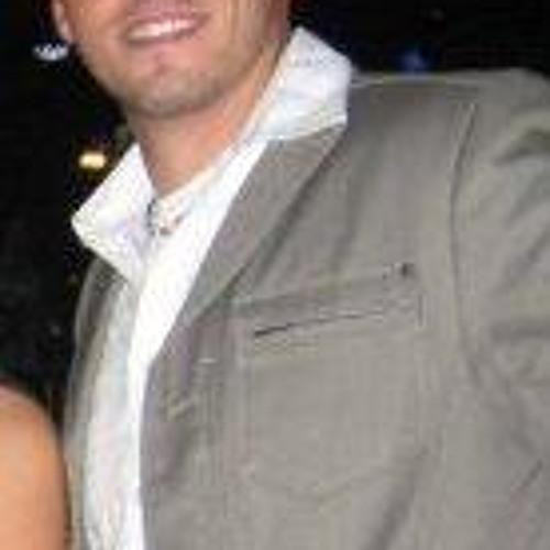 Adam Vaillancourt's avatar