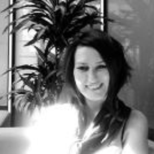 Danielle Moon 1's avatar