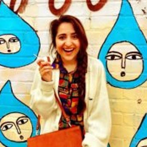 Essy Spring's avatar