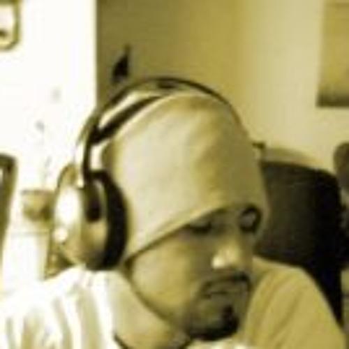 Jose Morales 25's avatar