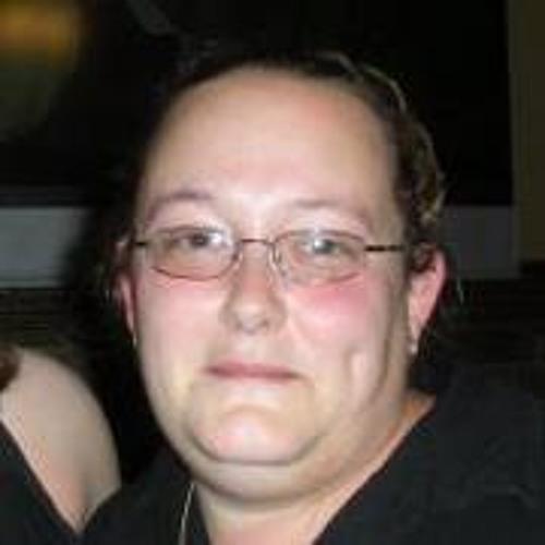 Andrea' Aken's avatar