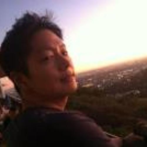 Dongsuk Aaron Shin's avatar
