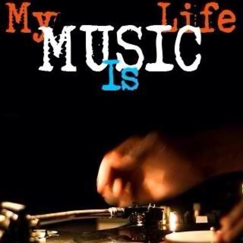 Monary_Mo-Music's avatar