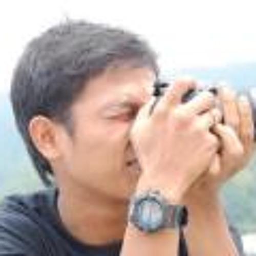 Irfan makki's avatar