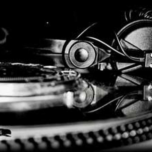 DJ Teddy V.'s avatar