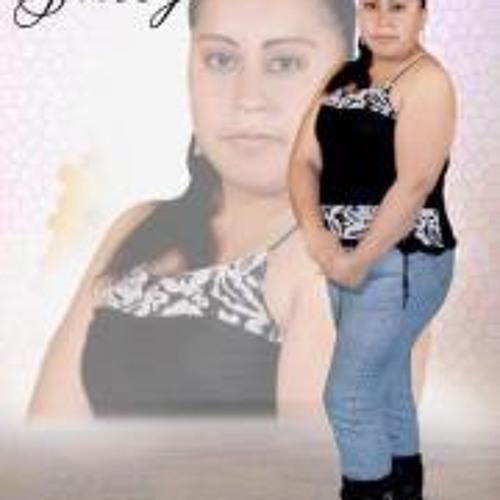 Yesenia Chillogallo's avatar