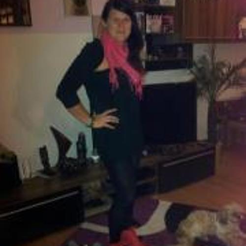 Steffi lein's avatar