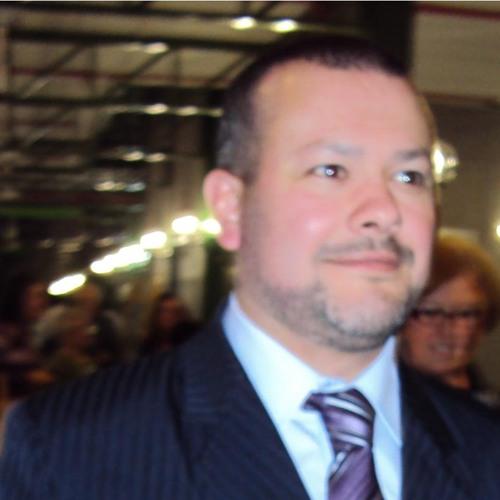 Adriano Reiss's avatar