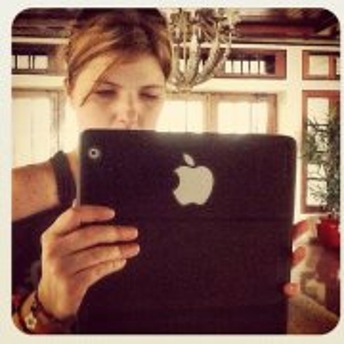 Isabel Piccinini's avatar