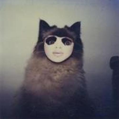 Cris Saldaña's avatar