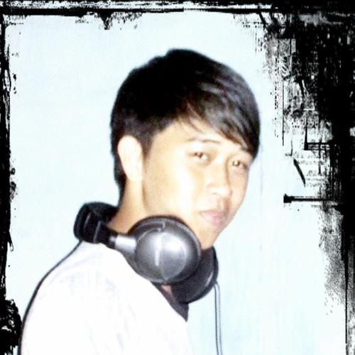 D.M.C erick's avatar