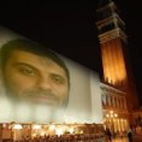 Mohamed Hussein Rifaee's avatar