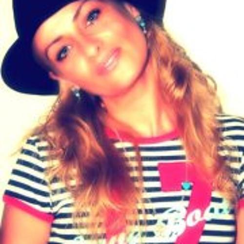 Laureen Laura Suttner's avatar