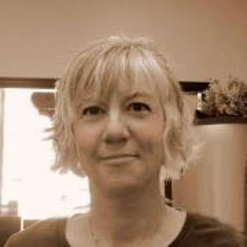 Julie McKee Rowe's avatar