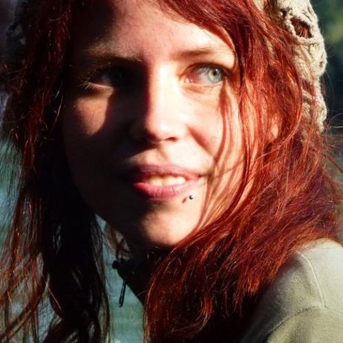 Pixie Wood's avatar