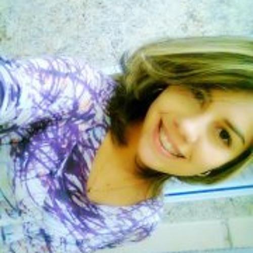 Saviane Nogueira's avatar