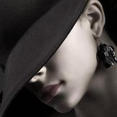 Raha Parsi's avatar