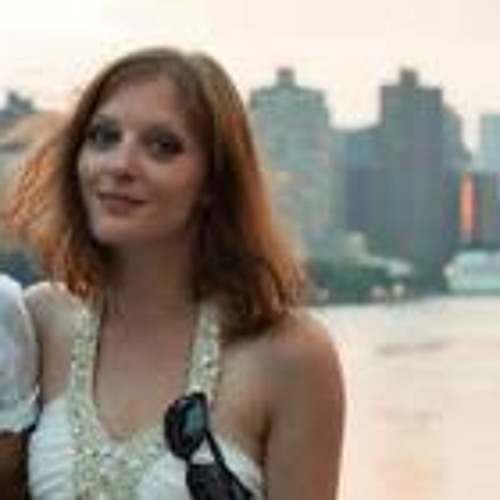Emily Paup's avatar