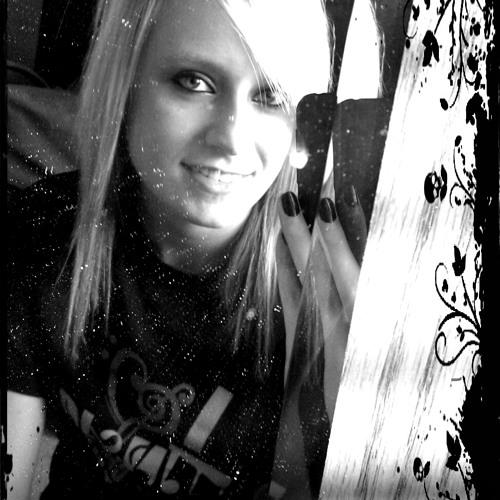 Lizzy-TheMusicLover's avatar
