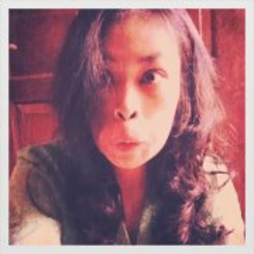 Herfiena Oshita's avatar