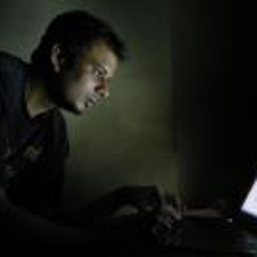 Vineet Naik's avatar