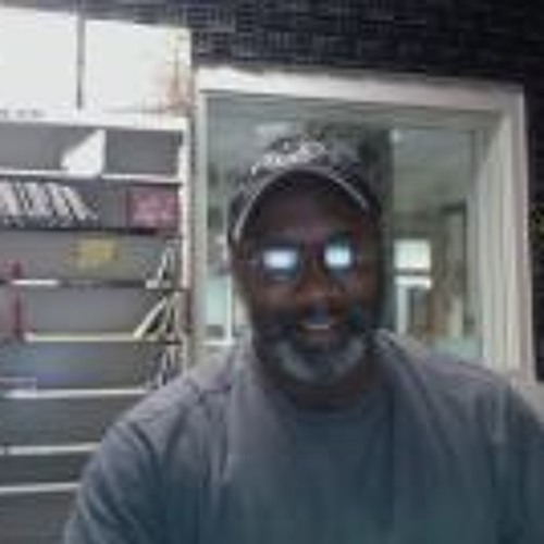 Kevin Amos homewoodkid's avatar
