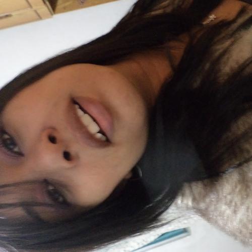 Maah Moreira's avatar