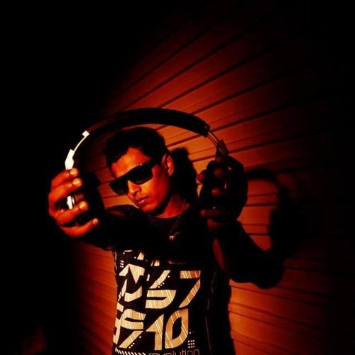 Warren J's avatar