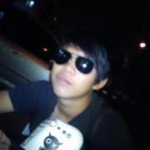 Sam Chan 9's avatar