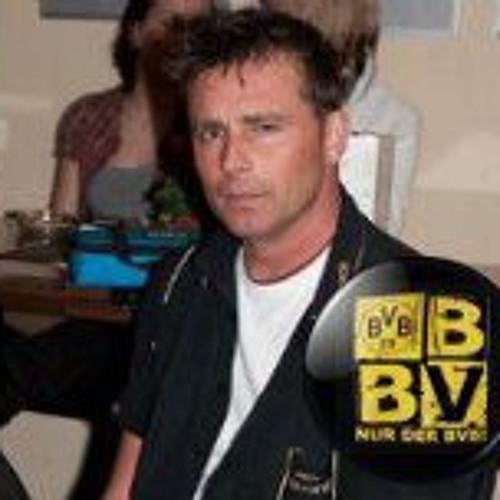 Michael Heath 3's avatar