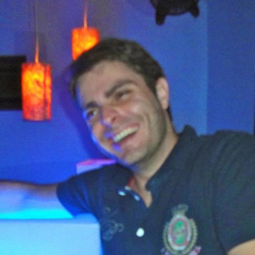 Gustavo J O Martins's avatar
