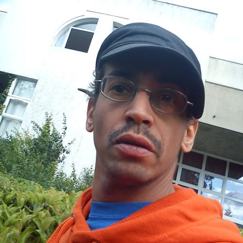 OranGeBrick's avatar