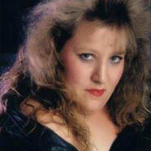 Robyn Pelzer's avatar